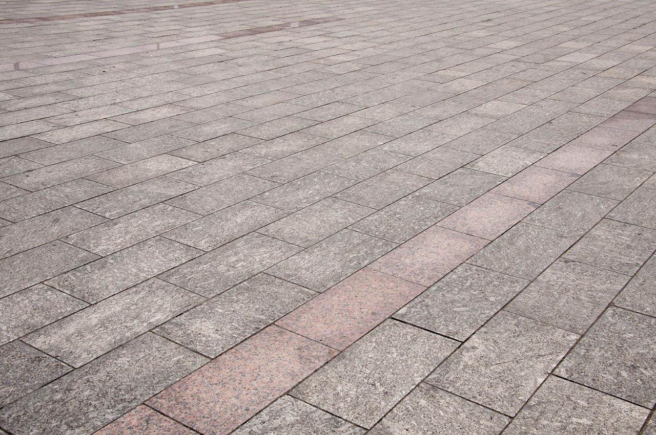 Comment Enlever Ciment Sur Pavés entretien de pavé uni à laval, montréal - traitement de
